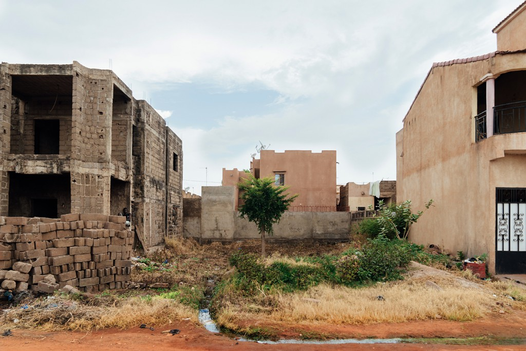 Across from the CVJR Regional Office in Bamako. October 2017 (Hannah Dunphy/JRR)